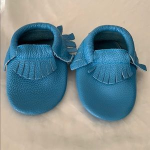 Little Mac&Lou Blue Fringe Leather Baby Moccasins